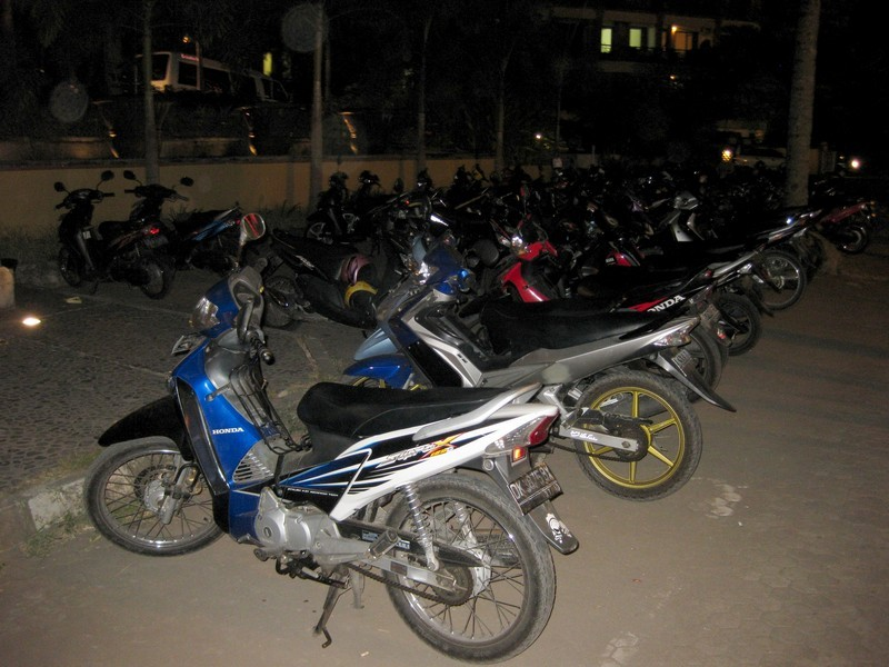 Байк - традиционное транспортное средство на Бали.