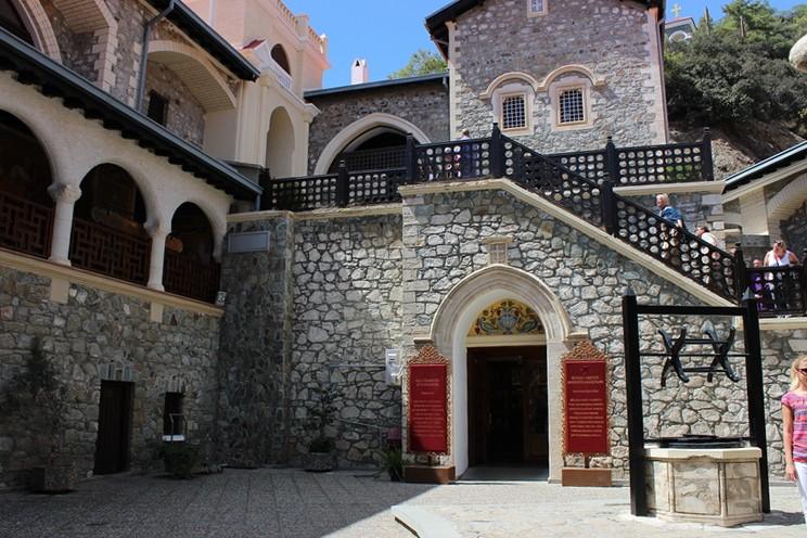 В монастыре Киккос. Кипр.