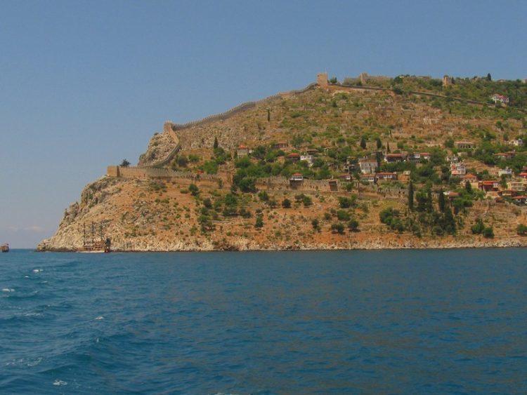 Крепость Ич-Кале с моря, Турция / Аланья фото достопримечательности  / ketvilz.ru