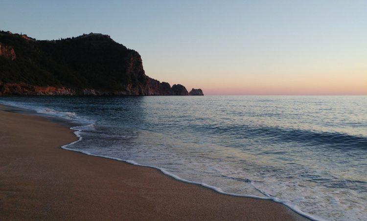 Пляжи Аланьи Турция / Аланья фото достопримечательности  / ketvilz.ru