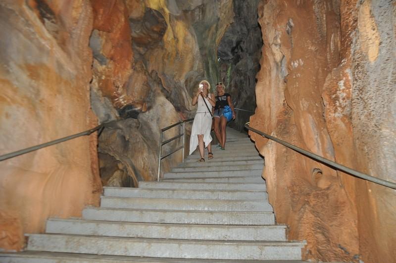 Посещение пещеры на экскурсии джип-сафари, Турция / Джип-сафари в Турции фото видео отзыв / ketvilz.ru