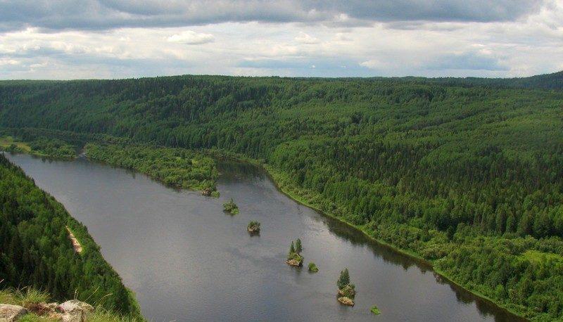 Река Вишера с высоты камня Ветлан / Достопримечательности реки Вишера / ketvilz.ru