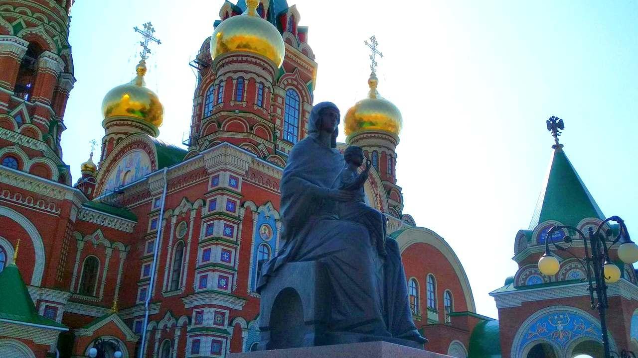 Статуя Пресвятой Богородице, г.Йошкар-Ола
