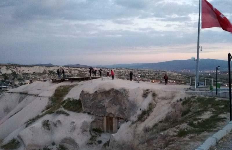 Долина Гёреме на рассвете. Каппадокия, Турция / / Чем интересна Каппадокия / ketvilz.ru
