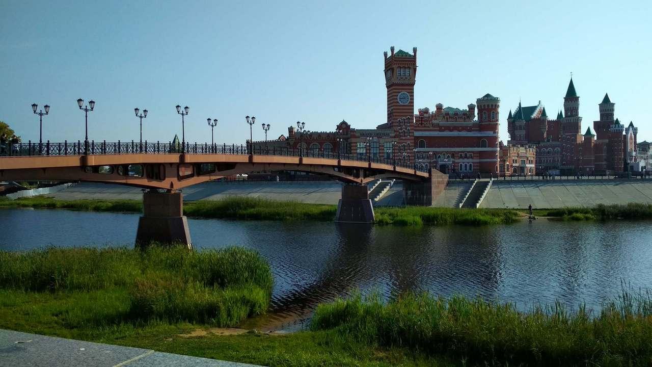 Воскресенский мост в Йошкар-Оле