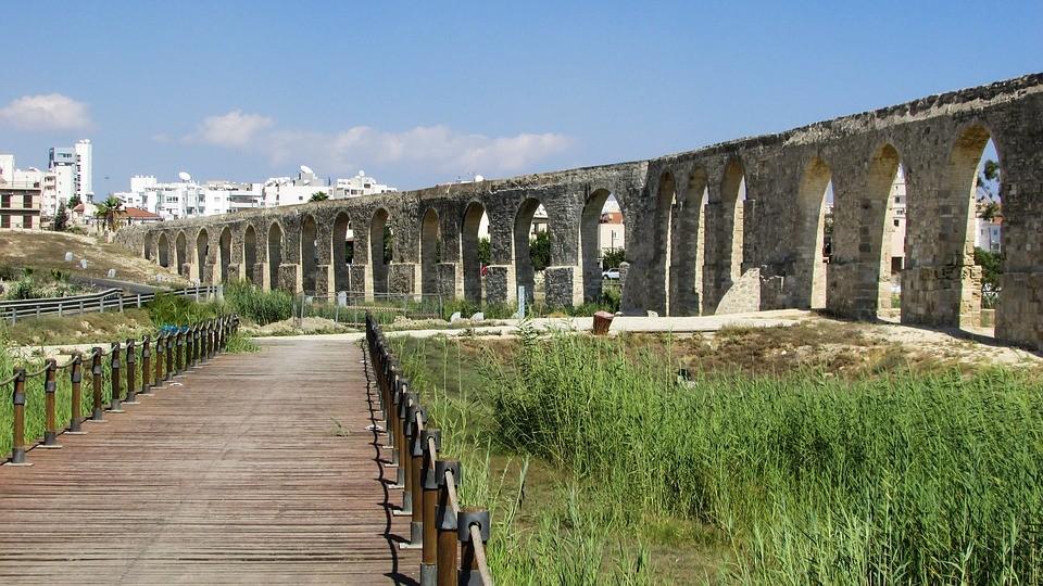 Акведук Камарес, Ларнака, Кипр  / что посмотреть на Кипре в Ларнака / ketvilz.ru