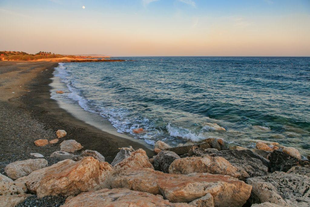 Пляж Коралия, Пафос, Кипр