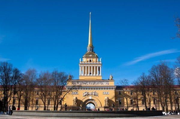 Здание адмиралтейства. Санкт-Петербург. Невский проспект