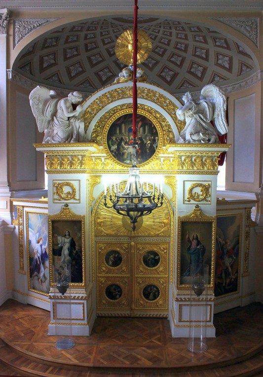 Дворцовая церковь / Павловский дворец фото/ ketvilz.ru