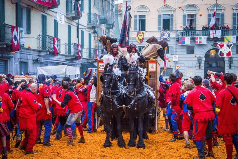 Карнавал в Иврея. Италия / ketvilz.ru