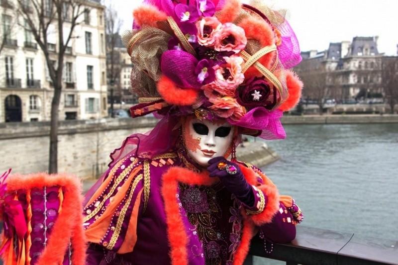 Карнавал в Париже. Франция / Карнавалы Европы в 2020 году / ketvilz.ru