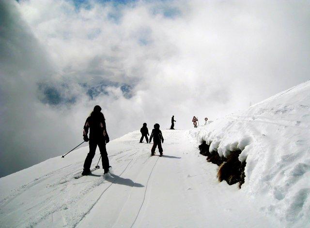 На горнолыжных курортах обучают детей с 3 лет / красная поляна горнолыжные трассы курорта / ketvilz.ru