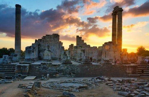 Храм Аполлона в Дидиме. Турция / ketvilz.ru